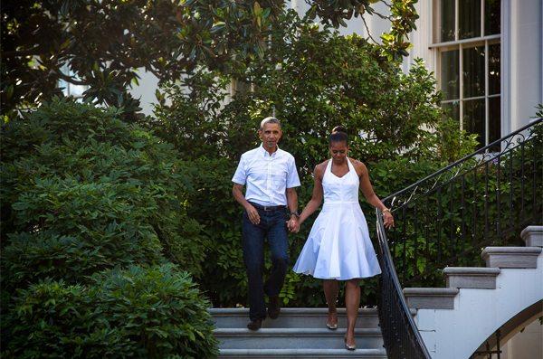 Мишель Обама в белом сарафане