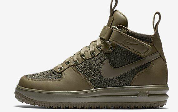 Кроссовки женские Nike оливкового цвета