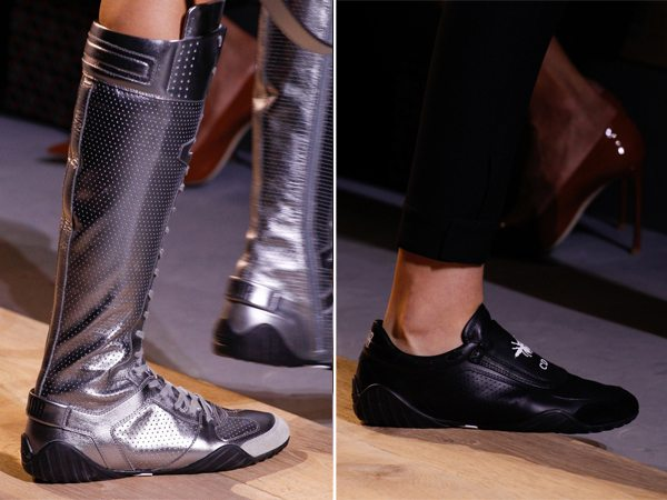 Черные кроссовки и сапоги в спортивном стиле цвета металлик от Christian Dior для весны 2017