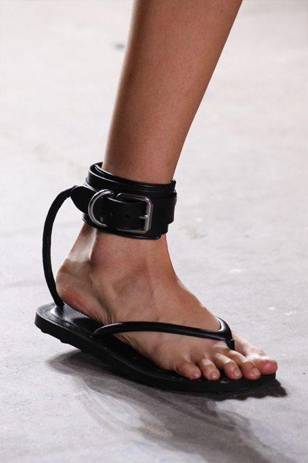 Летняя модная обувь 2017 Alexander Wang