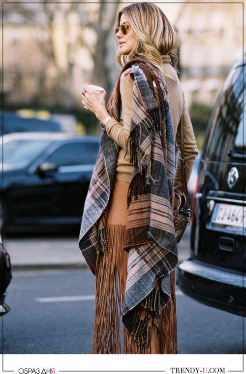 Уличная модница весной