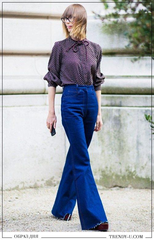 Стиль 70-80-х: расклешенные брюки и блузка в горох