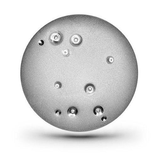 Серебряное украшение от украинского бренда «Ювелирная кондитерская» в коллаборации с Игорем Пинигиным