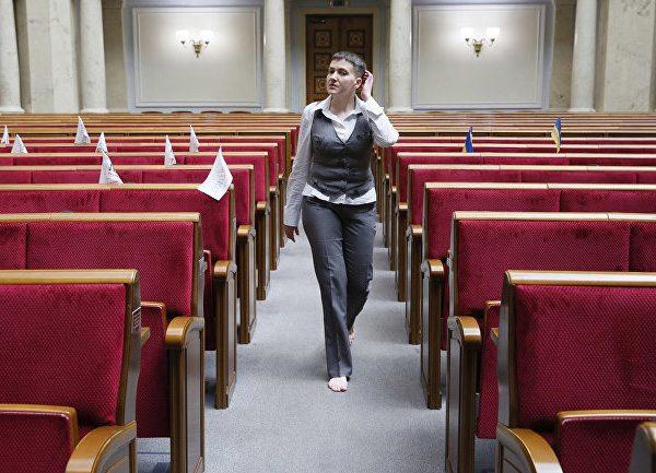 Босая Надежда Савченко в Верховной Раде Украины