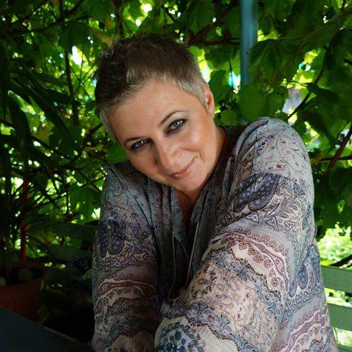 Олена Монова, блогер и инфоволонтер
