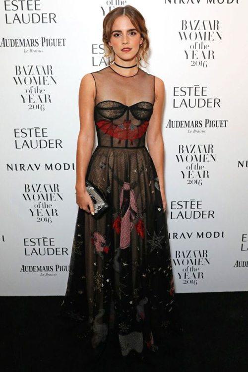 Эмма Уотсон в черном кружевном вечернем платье