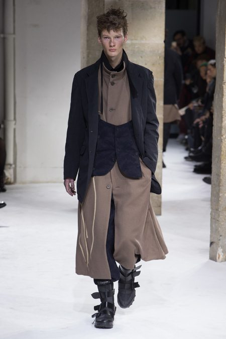 Мужская одежда Йоджи Ямамото 2017-2018