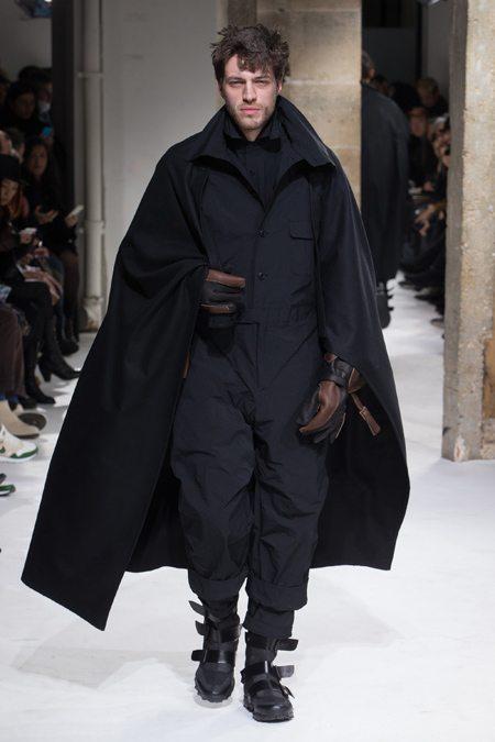 Мужская одежда Йоджи Ямамото осень-зима 2017-2018: черный - это новый черный