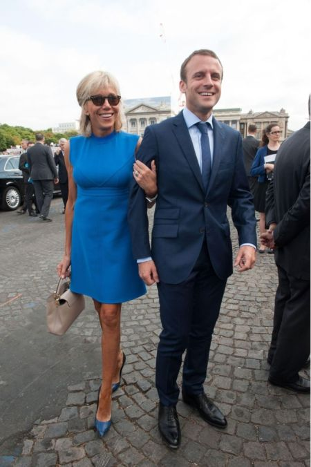 Маленькое голубое платье