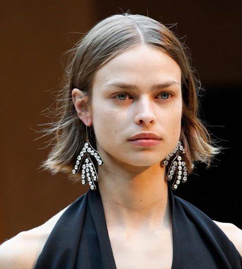 Французский бренд Celine не оставит девушек без роскоши