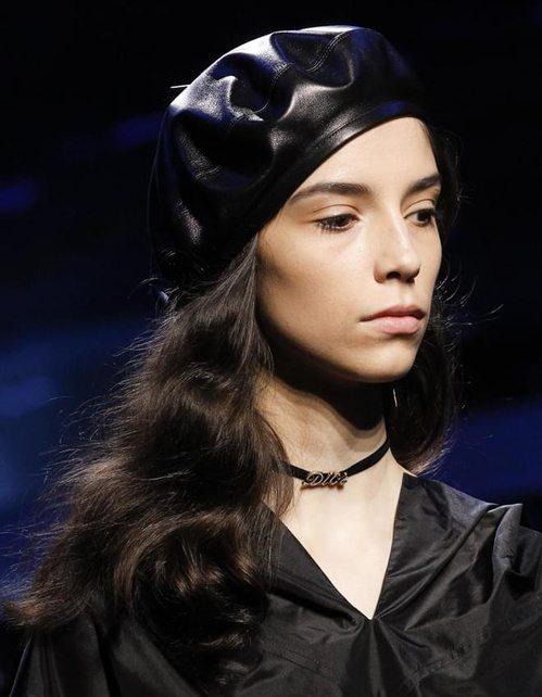 Чокеры Dior: простенько, но со вкусом
