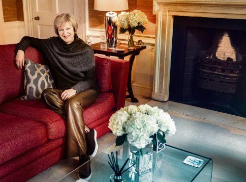 Дорогие дизайнерские штаны буквально вызвали скандал в Британии