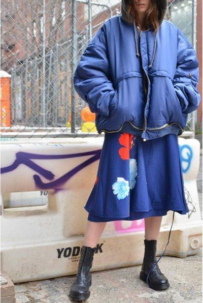 Женская одежда Vetements: куртка оверсайз, пышная юбка, солдатские ботинки