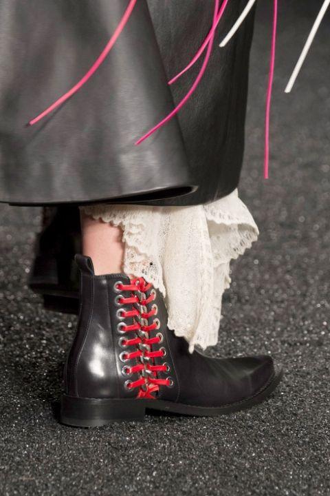 Модные ботинки на шнуровке от Alexander McQueen