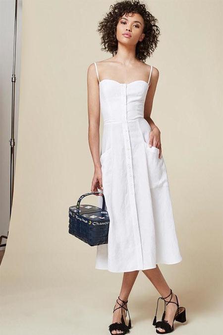 Раз два три в белом платье