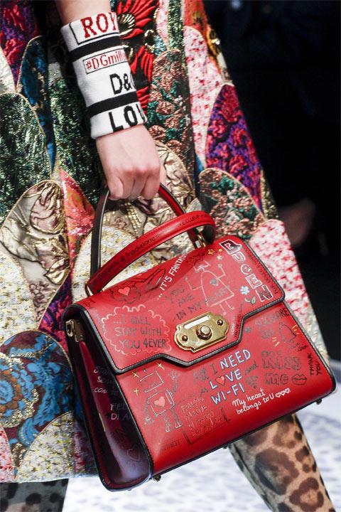 Модная сумка от Dolce & Gabbana красная для осени и зимы 2017-2018