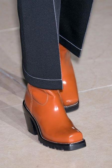 463f0c8795ec Модные ботинки в ковбойском стиле Louis Vuitton осень-зима 2017-2018