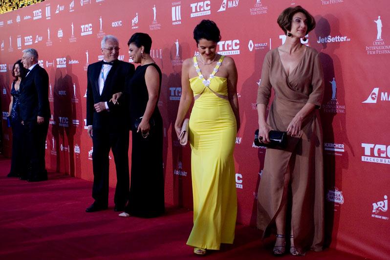 Программный консультант фестиваля Алик Шпилюк, Елена Павлова и еще две красивые женщины