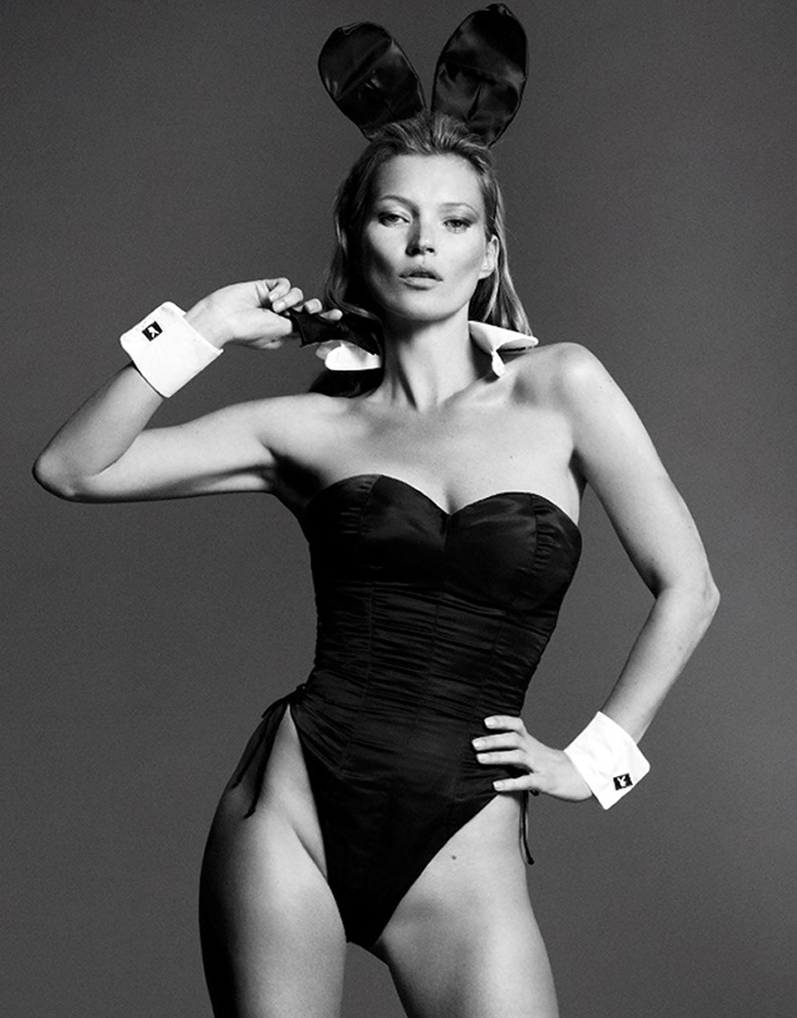 Кейт Мосс на обложке Playboy в классическом костюме кролика