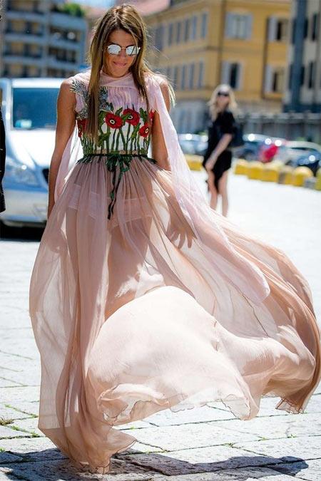 АДР в платье от Gucci