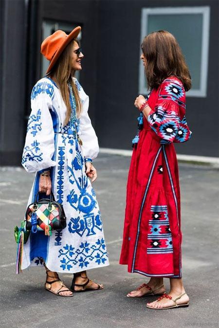 Анна Делло Руссо и Джоанна Баттаглия в вышиванках Виты Кин