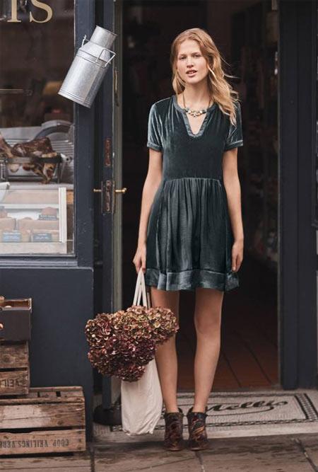 Платье из бархата на каждый день