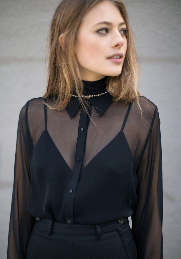 Прозрачная черная блузка для создания сексуального и одновременно сдержанного образа
