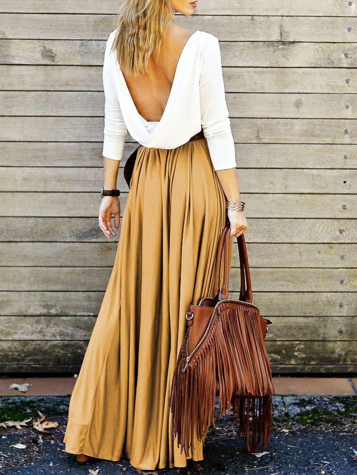 Модели с открытой спиной всегда выглядят элегантно и привлекательно