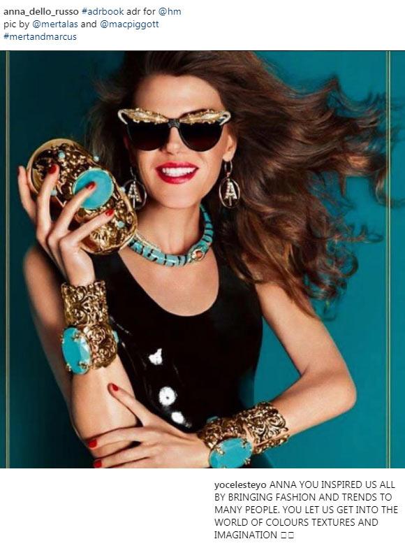 Анна в рекламе выпущенных ею аксессуаров для H&M