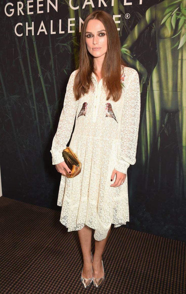 Кира Найтли в кружевном белом платье