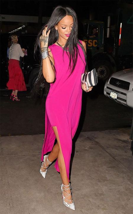 Рианна в вечернем платье