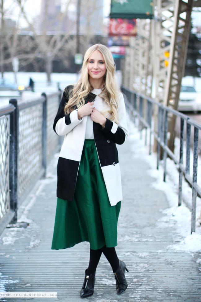 С чем носить зеленую юбку зимой: вариант с юбкой-миди
