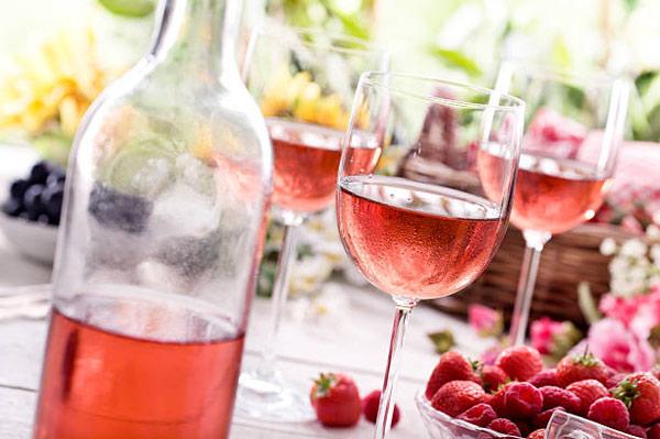 Как правильно пить розовое вино