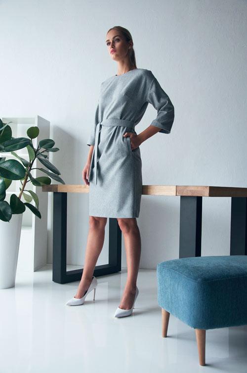 Платье в деловом стиле серого цвета Letter K