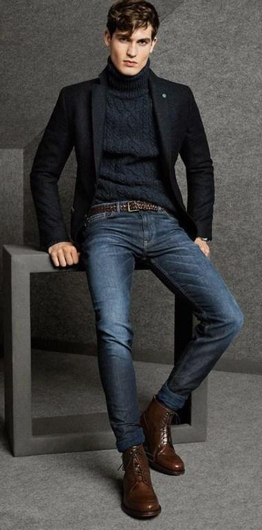 Черный свитер, темно-синие джинсы и пиджак - универсальный осенне-зимний образ