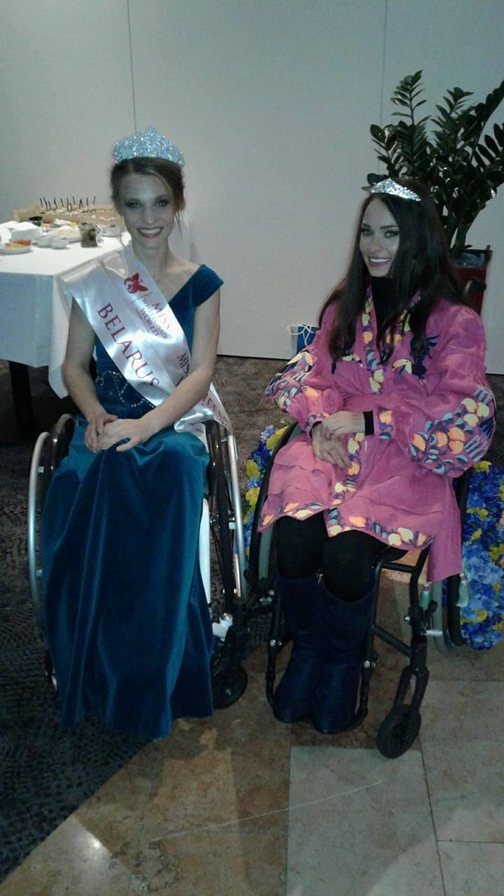 Оксана Кононец с победительницей конкурса Александрой Чичиковой