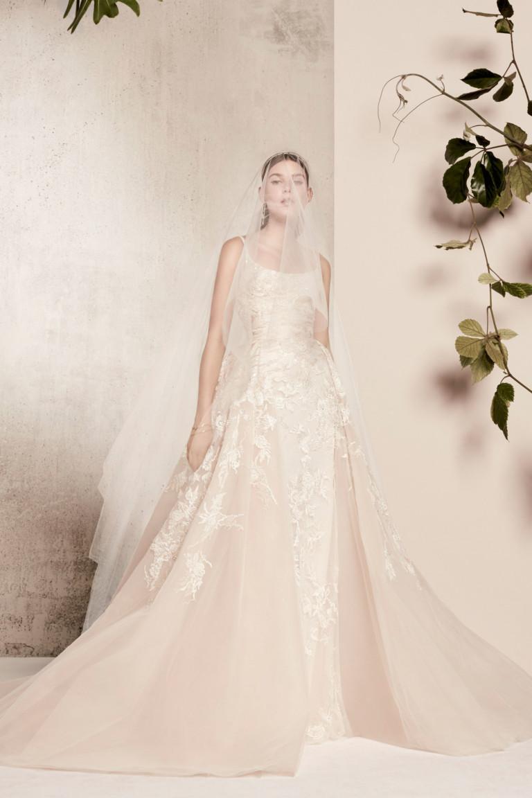 Нежное платье от Elie Saab весна-лето 2018