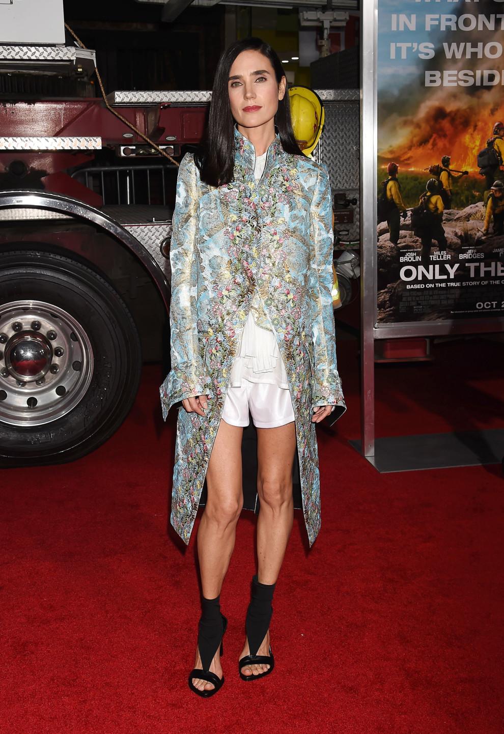 Дженнифер Коннелли в наряде из новой коллекции Louis Vuitton