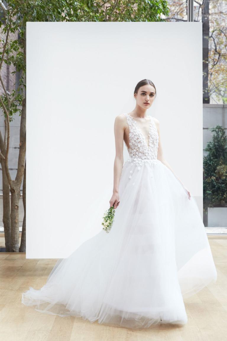 Роскошное свадебное платье от Oscar de la Renta