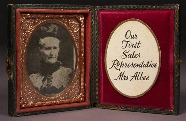 Персис Фостер Имс Алби - первый торговый представитель Avon