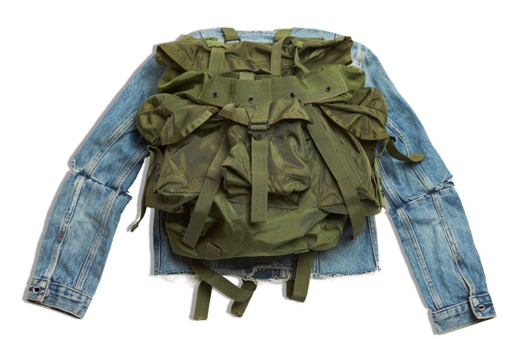 Куртка исполнительницы CL