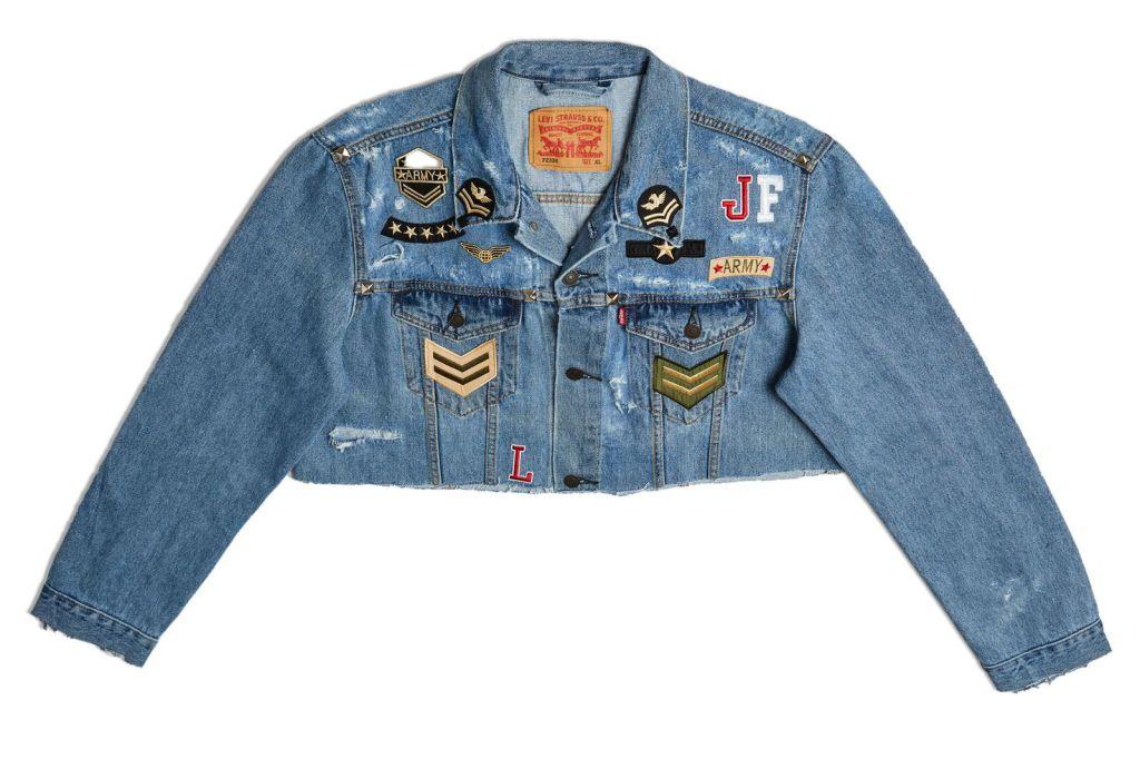Дизайн куртки от актрисы Джулия Фариа