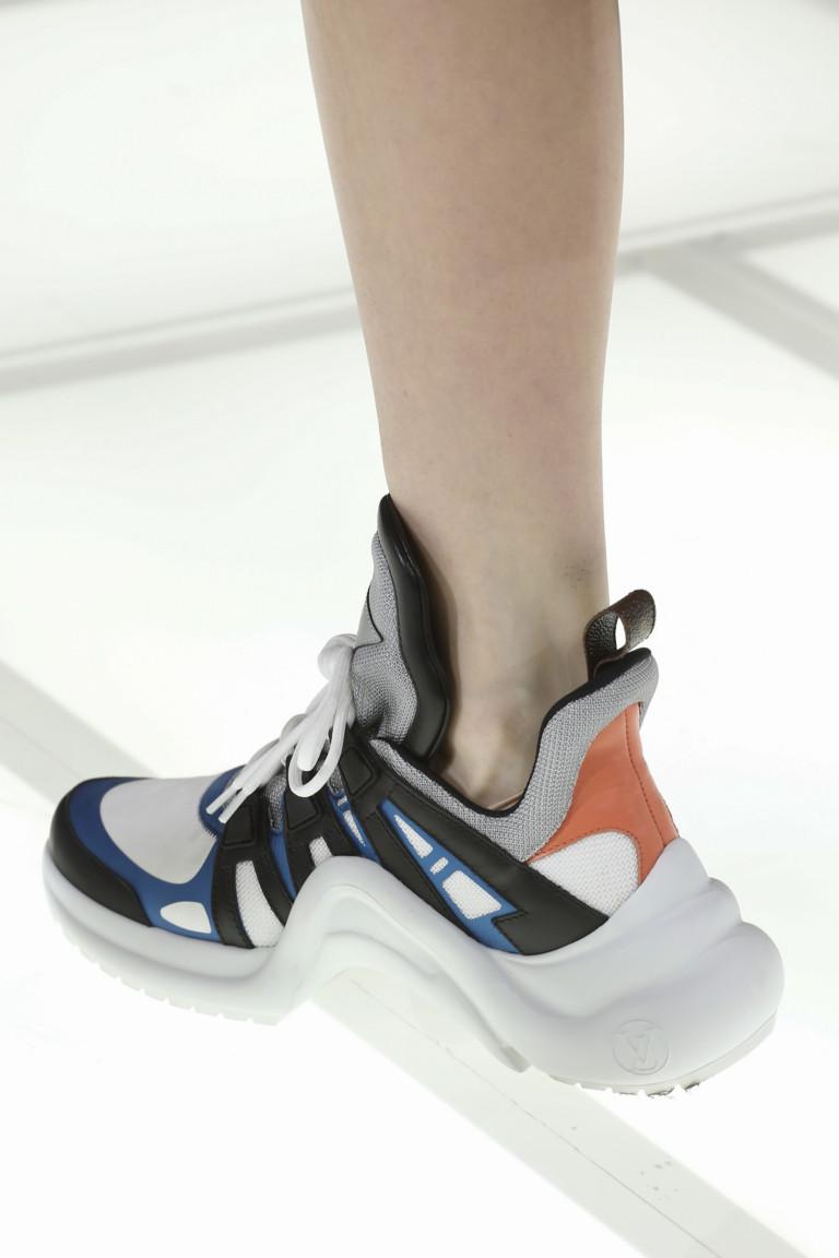 Кроссовки из будущего