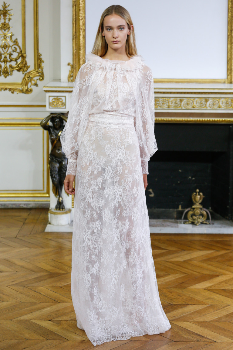 Прозрачное платье в пол на весну-лето 2018