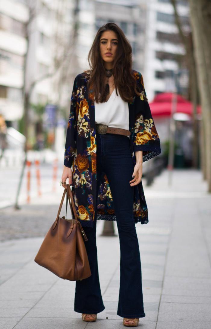 Расклешенные джинсы в бохо-стиле
