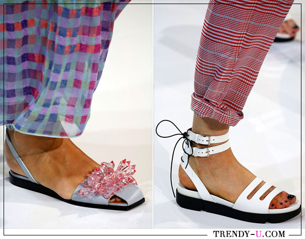 Модные сандалии для лета 2018 Emporio Armani