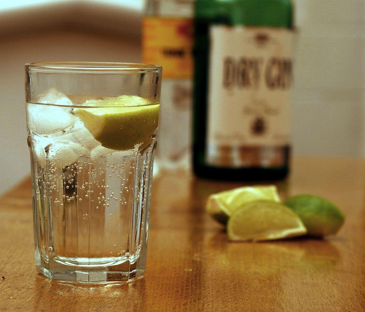 Какие напитки пить на Новый год