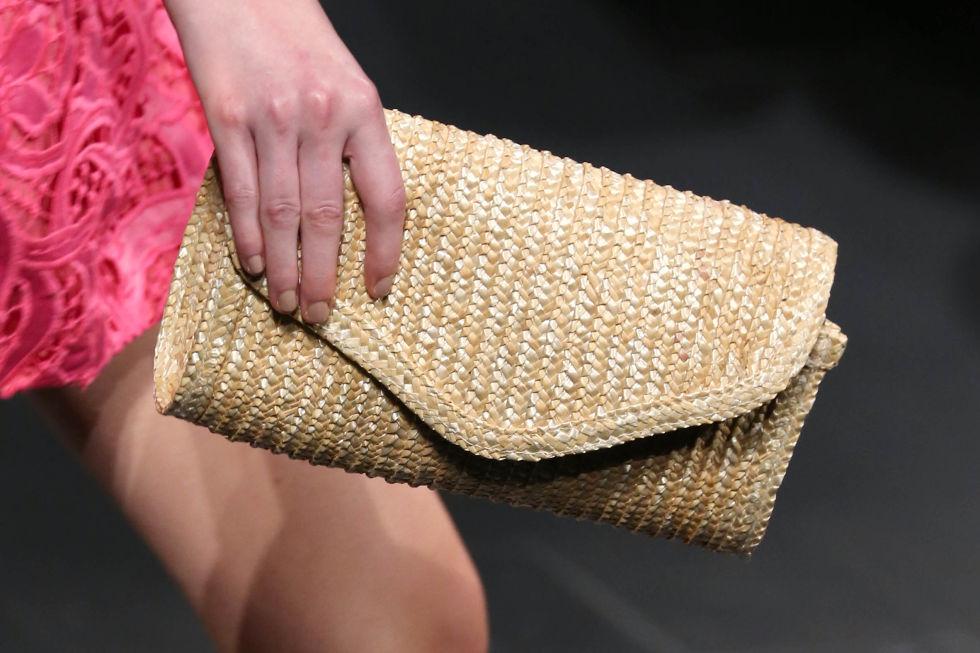 Плетеный клатч из коллекции Badgley Mischka