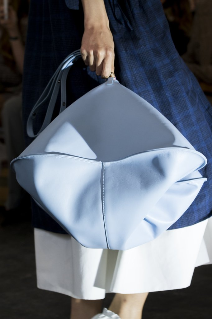 Модная сумка из весенне-летней коллекции 2018 Creatures of Comfort