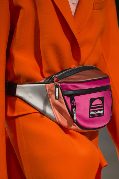 Модные сумки сезона весна-лето 2018 - сумки на поясе
